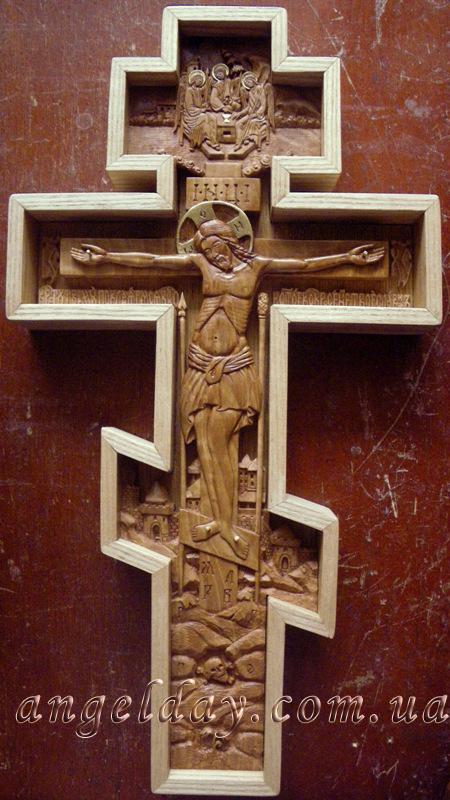 Крест-распятие настенный резной